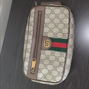 Large Gucci fanny pack